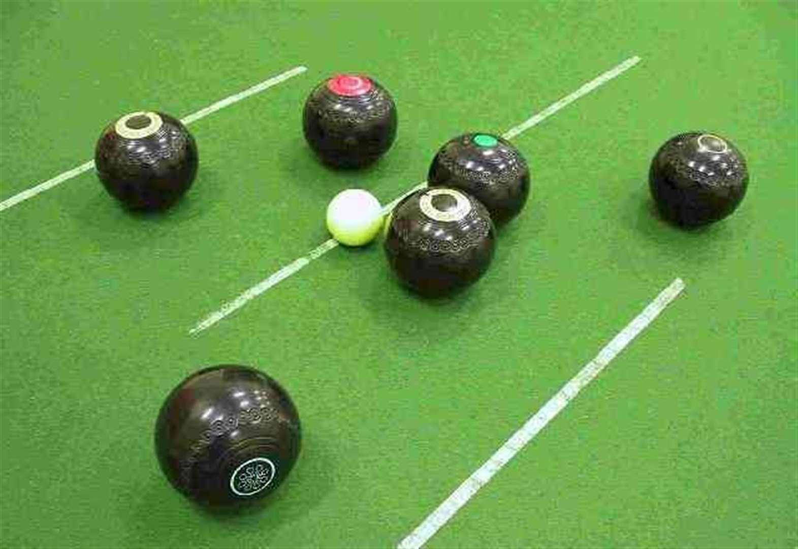 Fight for survival in Moray indoor bowls league set to resume in October