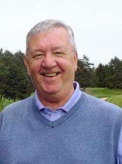Wednesday Seniors Player Gordon Thomson achieved a fine eagle at the first